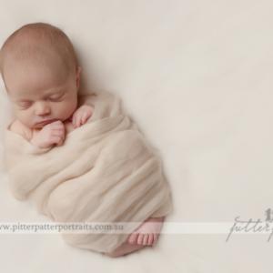 newborn_photography_melbourne(pp_w745_h541)